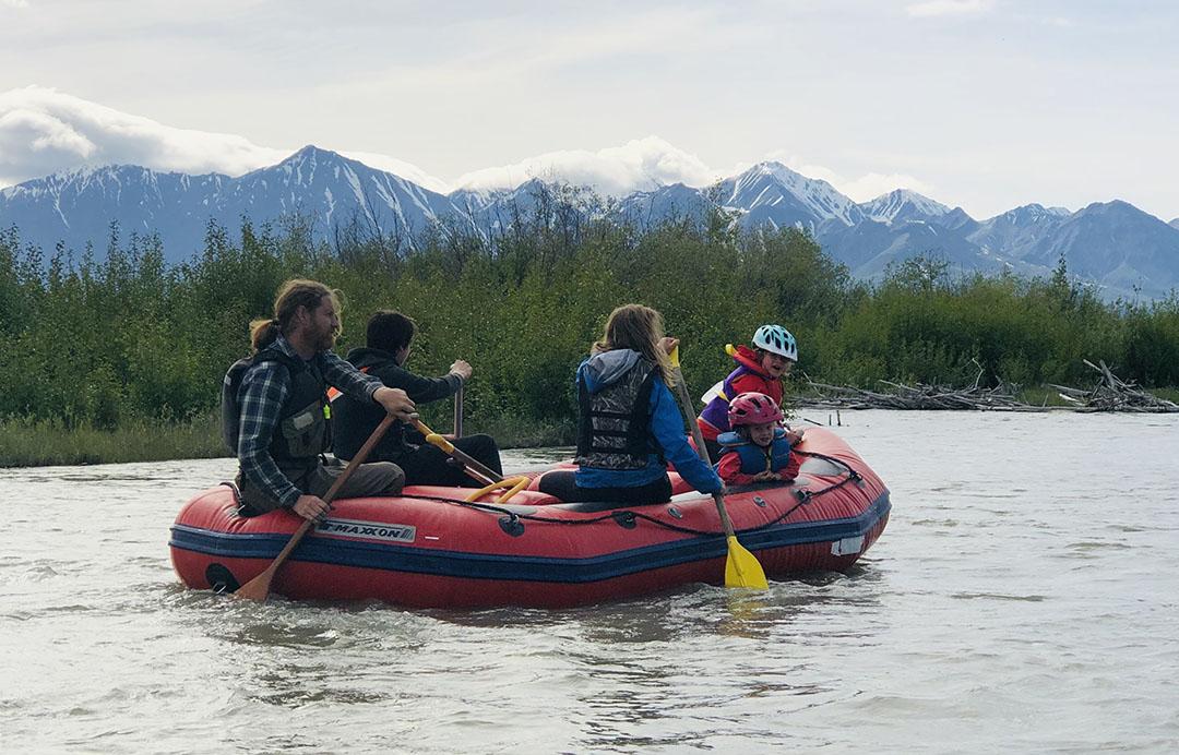 Rafting_Yukon-Guided-Adventures